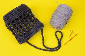 画像2: かぎ針ニットバッグキット+レザー底付き+かぎ針付き やっぱり毛糸